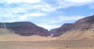 Eingang zum Totenreich: Das Abydos Hochplateau