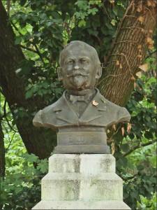 Denkmal von Émile Coué in Nancy, Frankreich