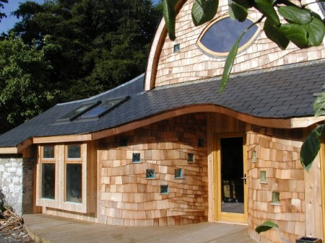 Nach den Regeln der Bioarchitektur geplantes Haus