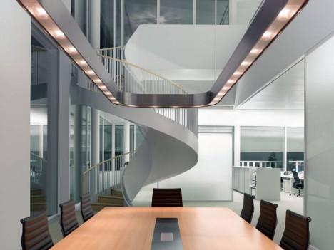 Ein durchdachtes Lichtkonzept ist für gutes Feng Shui im Büro essentiell: Novartis Campus Basel, Maki Bürogebäude