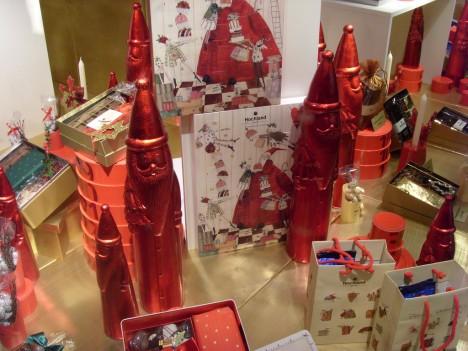 Weihnachtsdeko 2011 in einem Berliner Kaufhaus