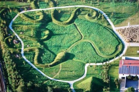 Feng Shui Naturfriedhof in Fürstenzell bei Passau aus der Vogelperspektive