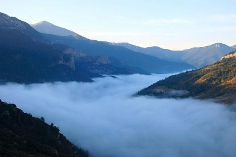 Nebeldecke über der Vouraikos-Schlucht in Griechenland, Foto: linz_ellinas (Konstantinos Dafalias)