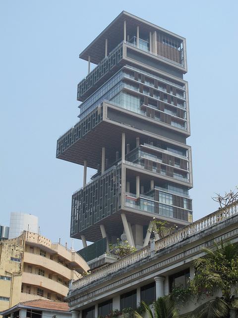Teuerste villa der welt 12 milliarden  Reichster Mann Indiens verweigert Einzug in 1 Milliarde-Dollar ...