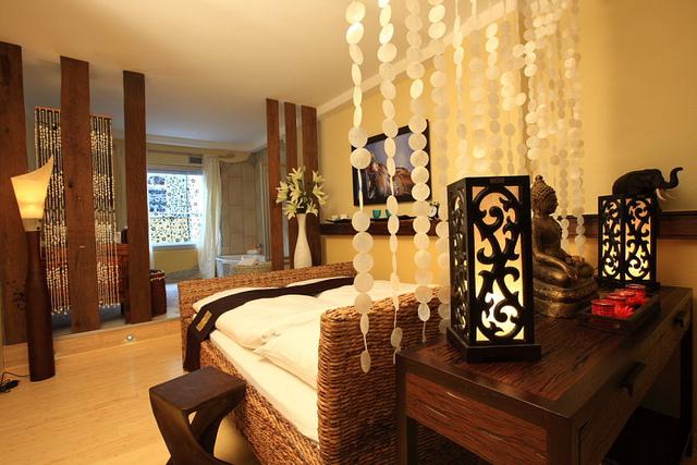 feng shui drei fragen drei antworten von annette dietzler. Black Bedroom Furniture Sets. Home Design Ideas