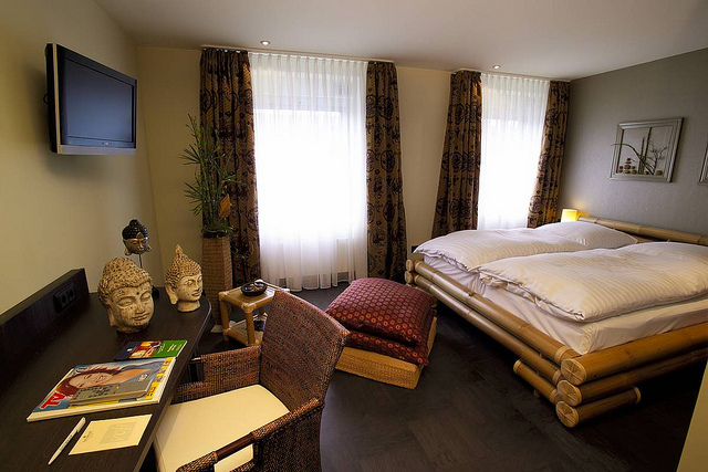 feng shui im hotel loccumer hof in hannover. Black Bedroom Furniture Sets. Home Design Ideas
