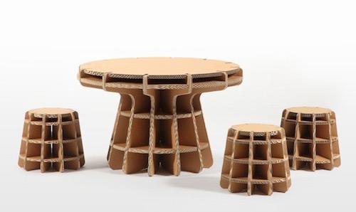 Recycelbar & robust: Spielzeug & Kindermöbel aus Pappe