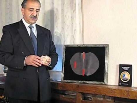 Mehran Tavakoli Keshe: Ist er das größte Genie aller Zeiten oder einfach nur wahnsinnig?