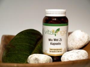 Wu-Wei-Zi-Kapseln, wie sie über den Naturproduktehandel erhältlich sind