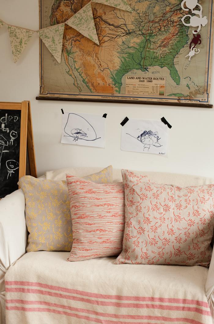 gestaltungsidee f r kahle w nde muster roller. Black Bedroom Furniture Sets. Home Design Ideas