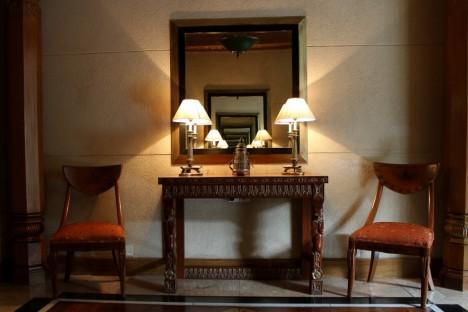 welche farben machen den raum gr er alles ber keramikfliesen. Black Bedroom Furniture Sets. Home Design Ideas