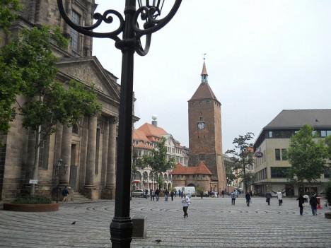 Kraftort in Nürnberg: Blick auf den Weißen Turm