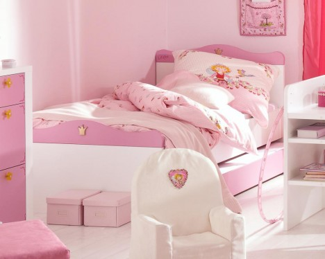 Jugendzimmer im Prinzessin-Lillifee-Stil