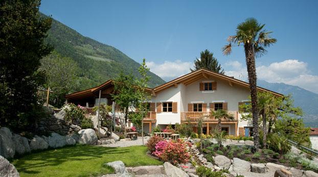 Der 450 Jahre alte Oberglunigerhof bei Meran gilt als einer der schönsten Bauernhöfe Südtirols