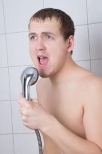 Unter der Dusche ist so mancher Hit geboren. Foto: istockphoto©-diawka