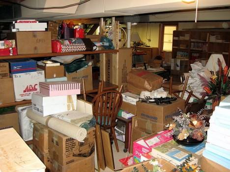 Unordnung im Keller: Brauche ich das wirklich alles noch?