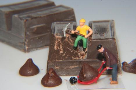 Macht unter Umständen sogar Spaß: Überstunden schieben in der Schokoladenfabrik