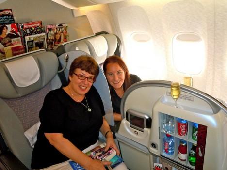 """Entspannt reisen: 1.-Klasse-""""Abteile"""" auf einem Flug der Fluggesellschaft Emirates Airlines"""