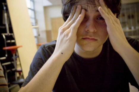 Häufige Kopfschmerzen können Symptom für das Sick-Building-Syndrom sein