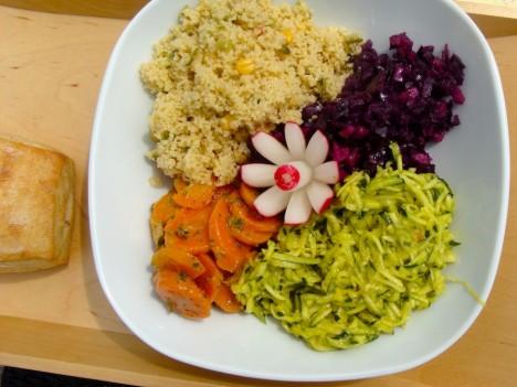 Es kommt nicht nur darauf an, was wir essen, sondern auch wie und in welcher Umgebung wir Essen. Foto: © Hedwig Seipel