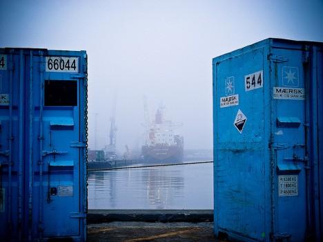 Das Auftriebskraftwerk G100 der GenoGen eG wird in einen Schiffscontainer eingebaut, Foto (C) Mike Bohle / flickr