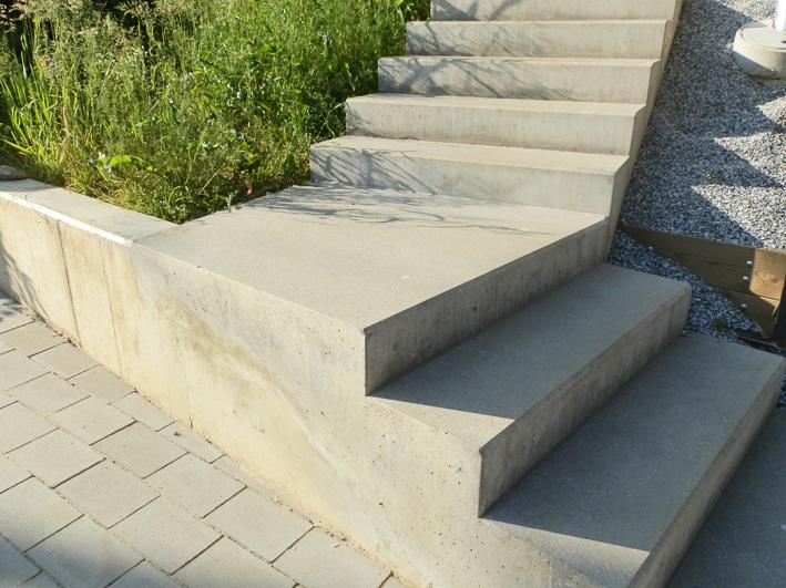 Diese Treppe Ist In Das Natrliche Gelnde Integriert Foto C Irmgard Brottrager