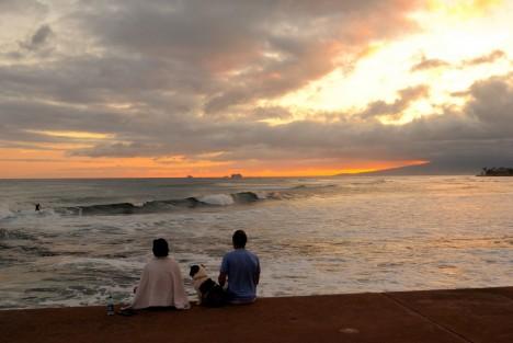 Wolken beobachten am Meer: Viel zu wenig nehmen wir uns für diese einfache Entspannungsübung Zeit