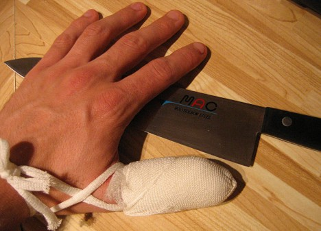 Verletzungen im Haushalt gehören zu den häufigsten Unfallursachen