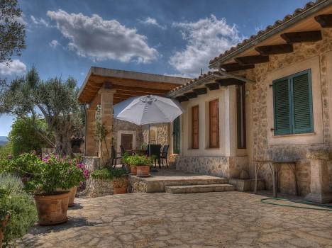 Damit ein Ferienhaus nicht zum Albtraum wird, ist beim Kauf einiges zu beachten. Foto: CC-0-Public Domain via pixabay.com