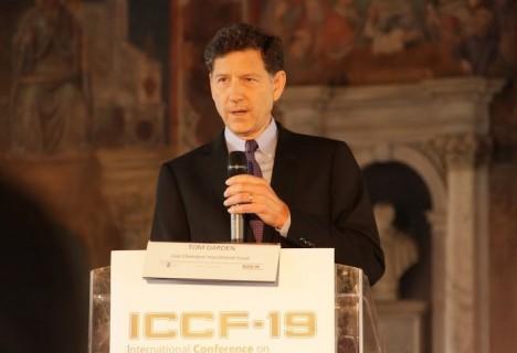 Tom Darden, CEO von Cherokee Investment Partners, bei der Eröffnungsveranstaltung der ICCF19 am 13. April 2015