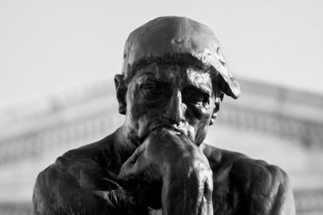 Der Denker: Alle Einflussfaktoren abzuwägen, führt nicht unbedingt zu besseren Entscheidungen