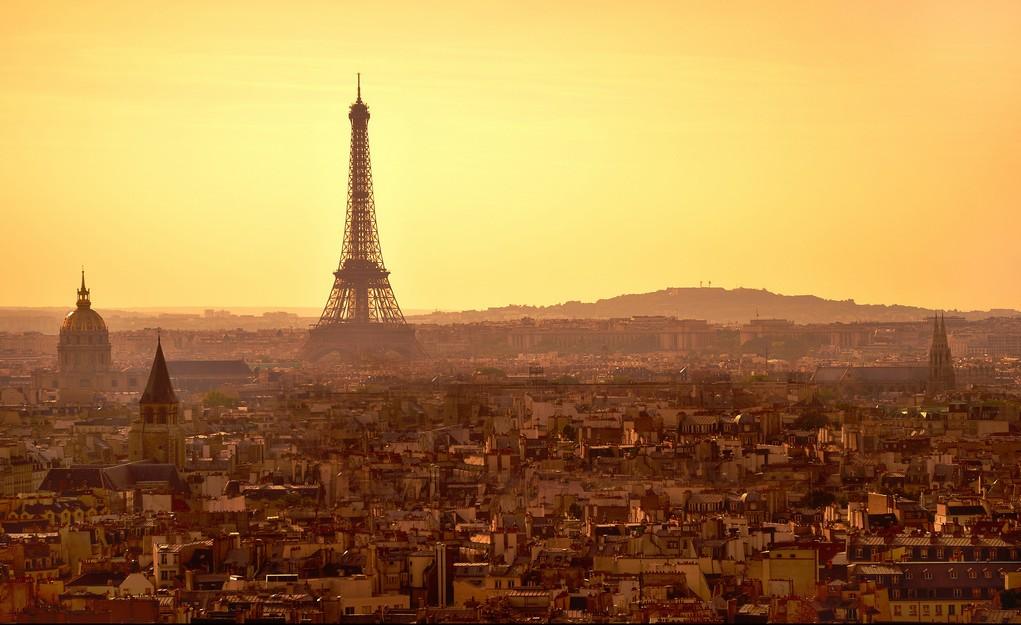 Paris im Sonnenuntergang: Naht das Ende des Abendlandes?
