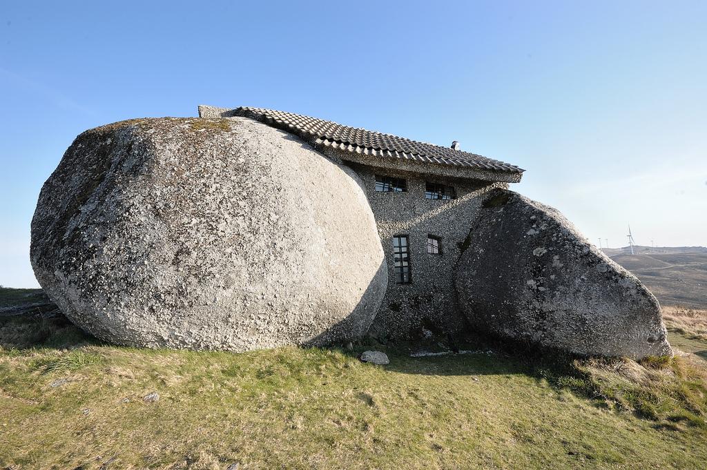 Casa do Penedo: Steinhaus bei Fafe, Portugal