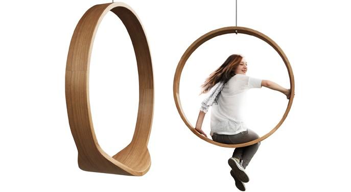 """Der """"SWING circle rocking chair"""" der polnischen Designerin Iwona Kosicka"""