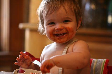Dass Essen glücklich machen kann, wissen wir nicht erst seit dem Erwachsenenalter
