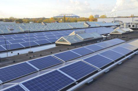 Solarzellen-Dach, Foto (C) EnergieAgentur.NRW / flickr