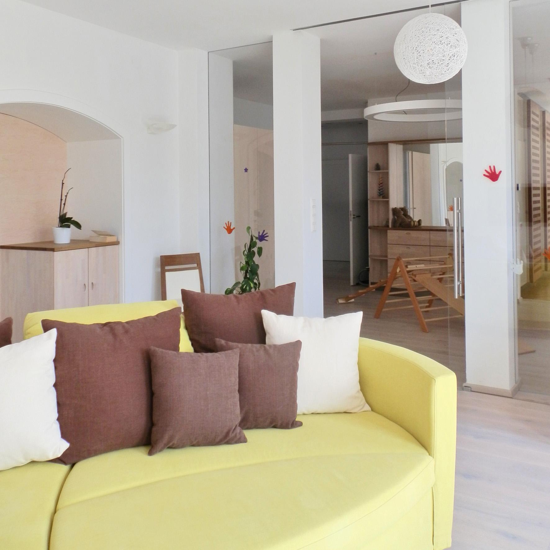 zusammenlegung von r umen weniger zimmer mehr raum. Black Bedroom Furniture Sets. Home Design Ideas