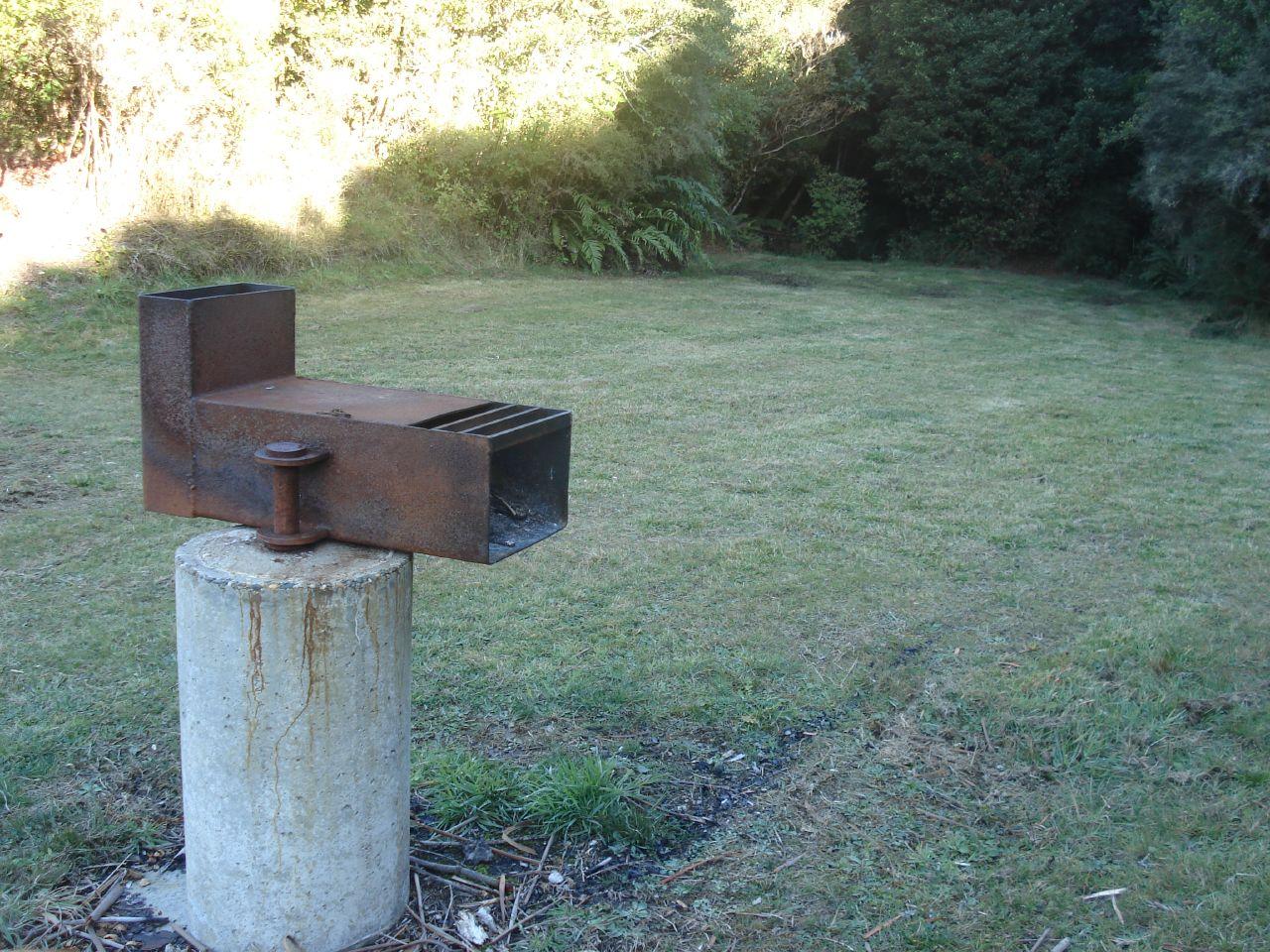 der raketenofen einfach und effizient f r den outdoor bereich. Black Bedroom Furniture Sets. Home Design Ideas