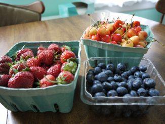 Obst isst man am besten, wenn sie gerade Saison hat. Foto (C) SophieSchieli / flickr CC BY 2.0