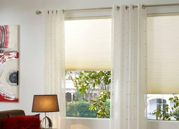 das chi flie t plissees f r den sonnenschutz everyday feng shui. Black Bedroom Furniture Sets. Home Design Ideas