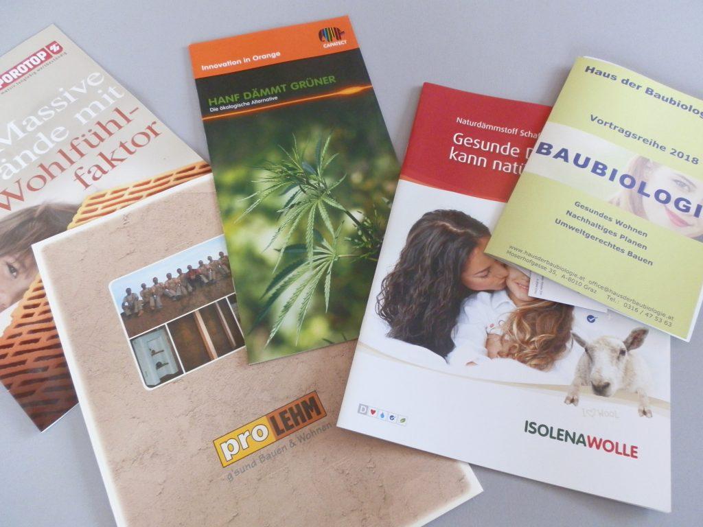 Informationen über Produkte, die gewöhnliche Baumärkte nicht bieten: Aus Hanf, Lehm und Dämmwolle zum Beispiel. Foto (C) Irmgard Brottrager