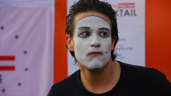 Der vorsichtige Skeptiker, dargestellt von Gregor Wasicky. Foto (C) -ikus / Doing Culture / flickr CC BY 2.0