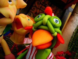 Marionetten brauchen einen Puppenspieler. Foto (C) Jairo / flickr CC BY 2.0