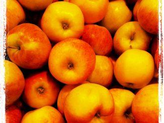 Diese Lagerung ist nicht günstig, weil die Äpfel hier übereinander liegen. Foto (C) Karolina van Schrojenstein Lantman - Orlinska / flickr CC BY 2.0