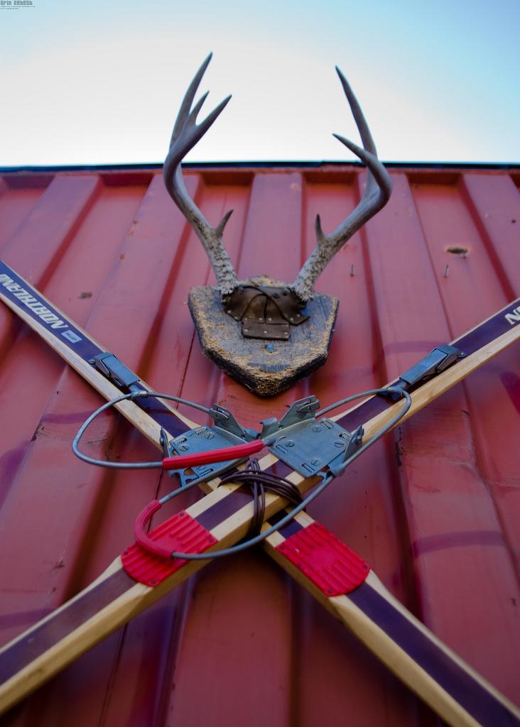 Wintersport und Jagen - beides wird in Skandinavien groß geschrieben und spiegelt sich thematisch in vielen Wohnaccessoires wieder.