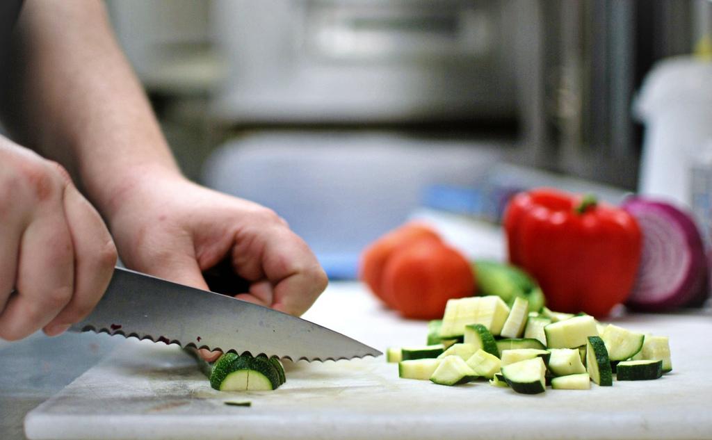 Rohkost sollte möglichst nicht mit Kochkost gemischt werden.