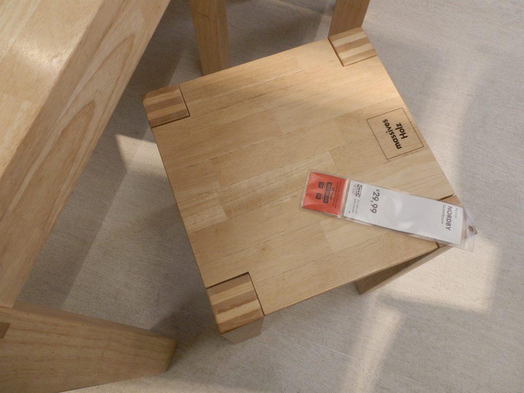 Gummibaum-Möbel von Ikea, Foto (C) Irmgard Brottrager