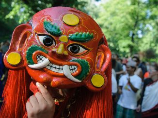 Bunte Karneval-Maske, Foto (C) Axel Kuhlmann / flickr CC BY 2.0