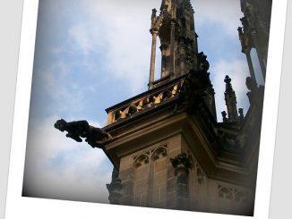 Auch der Veitsdom in Prag wird von Gruselfiguren bevölkert. Foto: Michael Buch / flickr CC BY 2.0