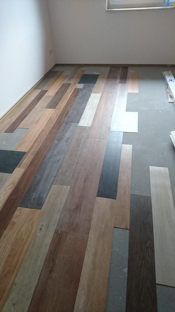 Vinyl-Fußboden verlegen